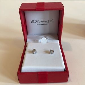 Diamond Stud Earrings (3/8 ct. t.w.) in 14k White